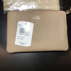 Coach Wristlets for Sale in Chino, CA