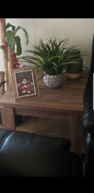 TV stand and 3 livingroom tables for Sale in Anaheim, CA