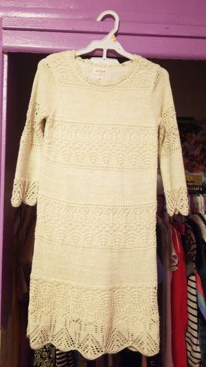 Knitted dress cream and gold size M7/8 for Sale in Los Angeles, CA