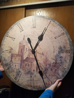 Large decor clock that works $20 for Sale in Marysville, WA