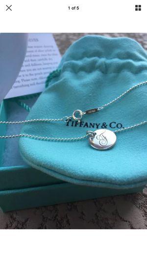 Tiffany & Co Alphabet F Necklace w/brand new chain for Sale in Gilbert, AZ