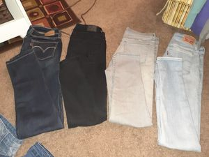 Womans jeans for Sale in Fresno, CA