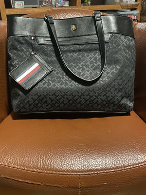 BRAND NEW TOMMY HILFIGER HAND BAG for Sale in Takoma Park, MD
