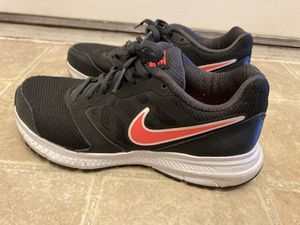 Nike women's shoes size 6.5 for Sale in San Tan Valley, AZ