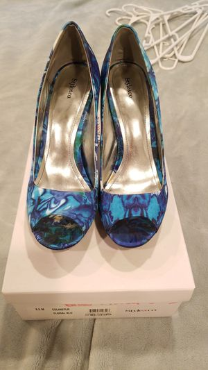 Style & Co floral heels 8.5M for Sale in Doylestown, PA