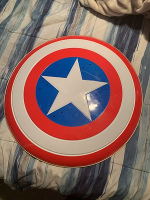 Captain America shield for Sale in Balch Springs, TX