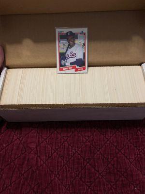 1990 fleer baseball card set only $10 Sosa RC for Sale in Beltsville, MD
