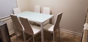 7 piece dining room set for Sale in Waterbury, CT
