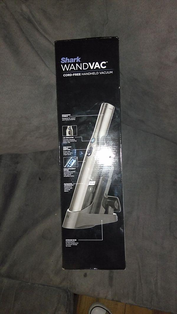 SHARK WandVac cord free handheld vacuum
