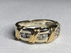14KT Solid Gold Diamond Ring Size 5 sizeable for Sale in Miami Gardens, FL