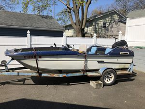 Free 17ft tri hull for Sale in Milford, CT
