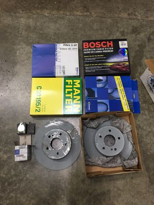 2003 Mercedes Benz CLK Rear brake parts air and cabin filter's for Sale in Auburn, WA