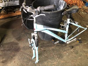 Schwinn bike frame for Sale in Miami, FL