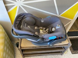 Uppababy Mesa car seat for Sale in Morgan Hill, CA