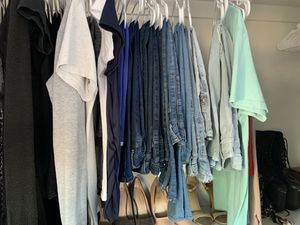 Size 5 jeans CHEAP for Sale in Moreno Valley, CA