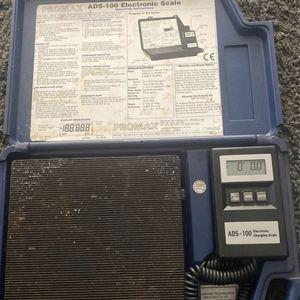 Refrigerant Scale And Pro Alert Refrigerant Leak Detector for Sale in Chesapeake, VA