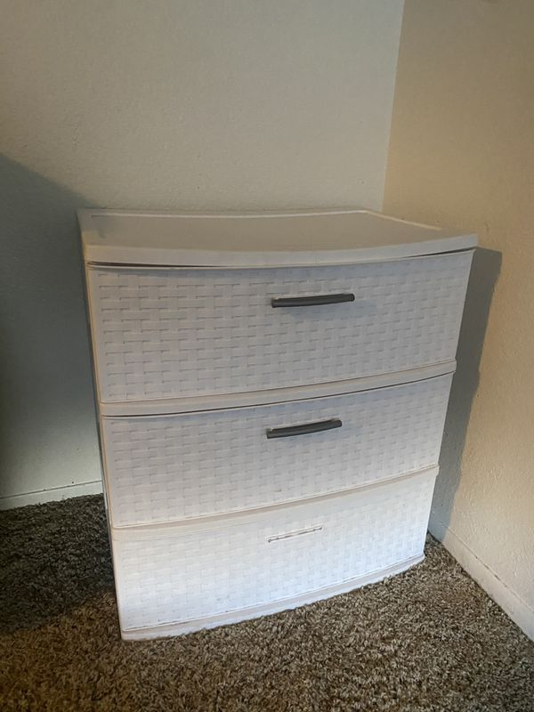 Drawer plastic container