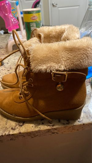 Michael Kors girls boots size 2 for Sale in Raleigh, NC