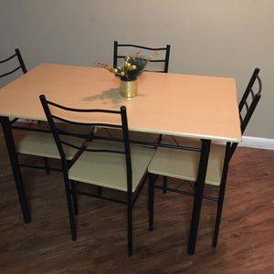 Comedor for Sale in Houston, TX