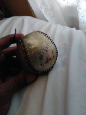 Gold mlb baseball for Sale in New Britain, CT