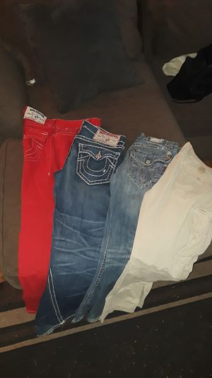 True religion,meks & Levi cargo pants for Sale in Detroit, MI