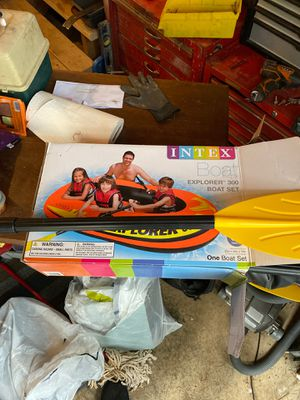 Inflatable boat with oars for Sale in Port Orchard, WA