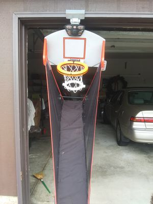 ESPN / Sportscenter Portable Basketball Hoop w electronic Shot Clock & games for Sale in Parma, OH