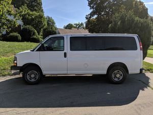 2007 Chevrolet Express 2500 Van (12 passenger) for Sale in Rock Island, IL