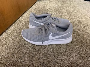 Nike men's size 10 shoes for Sale in Niagara Falls, NY