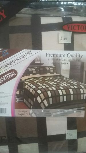Borrego blanket set for Sale in Phoenix, AZ