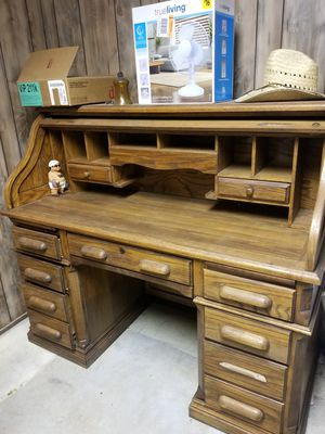 Roll Top Antique Desk! for Sale in Glen Raven, NC