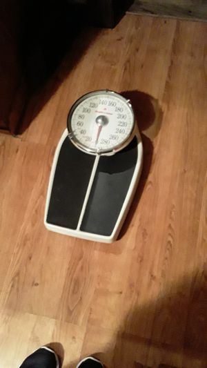 Health o meter scale for Sale in Fort Worth, TX