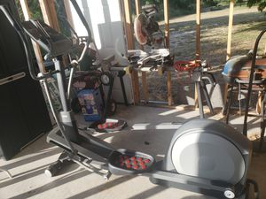 Used Proform 14.0 CE Elliptical in great condition. for Sale in CORP CHRISTI, TX