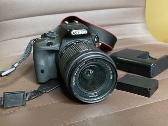 Canon EOS Rebel SL1 18.0 Digital SLR Camera Kit with 18-55mm STM for Sale in Riverdale,  GA