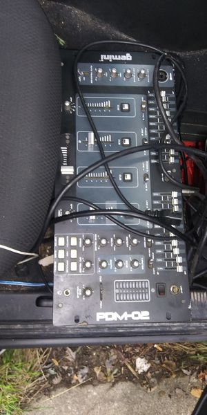 PA System With Four Speakers for Sale in Toledo, OH
