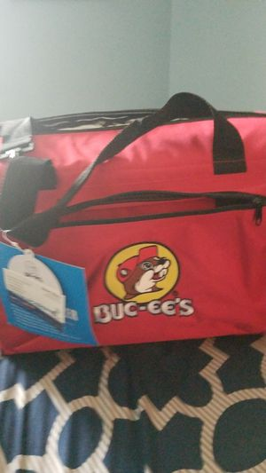 BRAND NEW BUC-EE'S 24 CAN COOLER BAG for Sale in San Antonio, TX