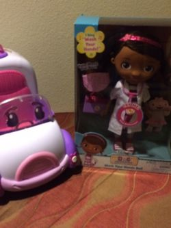 Doc Mcstuffins Wash Your Hands Doll & Ambulance for Sale in Tacoma,  WA