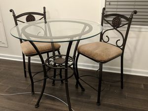 """36"""" counter height glass dining room table and 4 chairs for Sale in Washington, DC"""