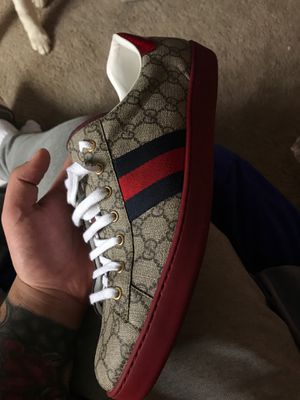 Gucci shoes size 15 for Sale in Pittsburgh, PA