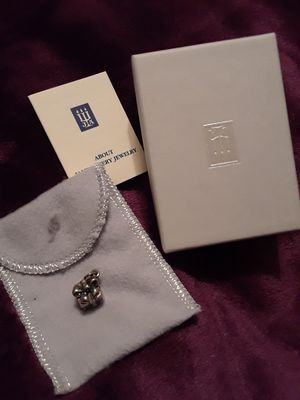 James Avery Gift Box Present Charm for Sale in Fort Worth, TX