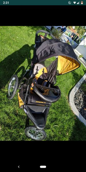 Jogger stroller for Sale in Pasco, WA