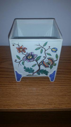 Tiffany Mini Flower Pot for Sale in Manassas, VA