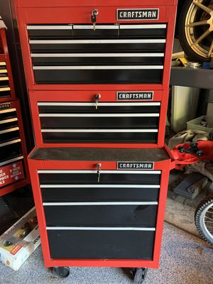 Craftsman tool chest for Sale in Naperville, IL