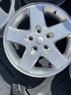 Jeep Rims 17' for Sale in Bakersfield,  CA