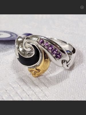 "NWT ""Amethyst Wave"" Sterling Silver & 14k Gold Onyx & Amethyst Ring Size 8 for Sale in Durbin, WV"