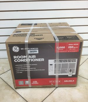 GE 6000 BTU. ROOM AND AIR CONDITIONER (AELO6LX) NEW SEALED for Sale in Coral Springs, FL