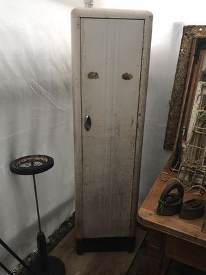 Cute Vintage Metal Cabinet with Shelves Pantry storage rusty for Sale in Everett, WA