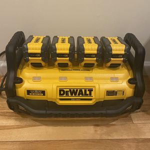 Dewalt Power Station With 9AH Batteries for Sale in South Farmingdale, NY
