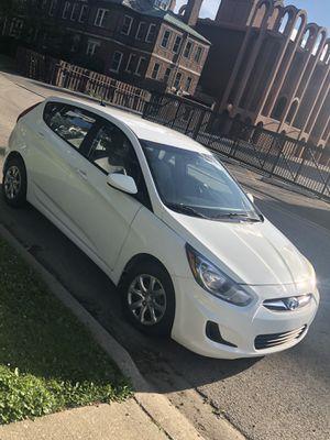 2014 Hyundai Accent Hatchback for Sale in Waukegan, IL
