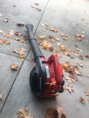 MTD gas leaf blower for Sale in Berea, OH